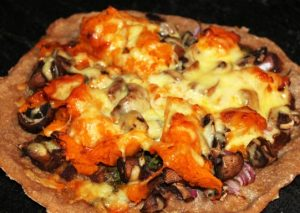 Tom Yam Pizza